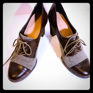 Etienne Aigner 'Jodell' brown leather lace up S8.5